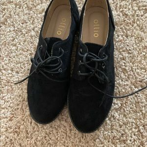 Ladies Ollio loafers shoes size 7.5